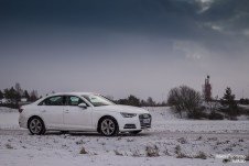 Audi A4 side