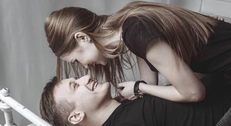 Gra wstępna - 10 pomysłów na gry wstępne dla par