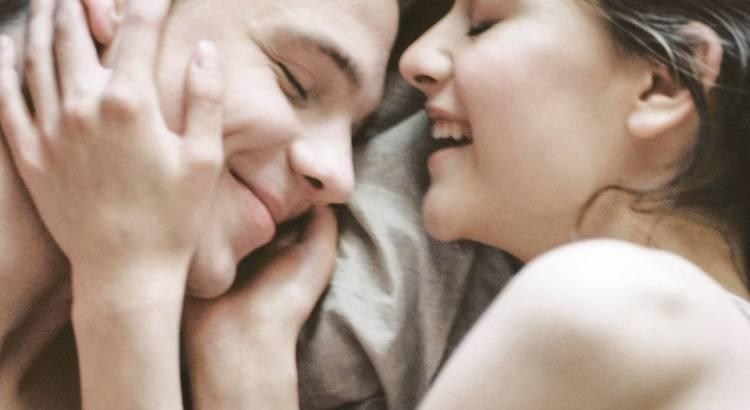 Zabawy erotyczne dla par - propozycję zabaw dla zakochanych na wieczór