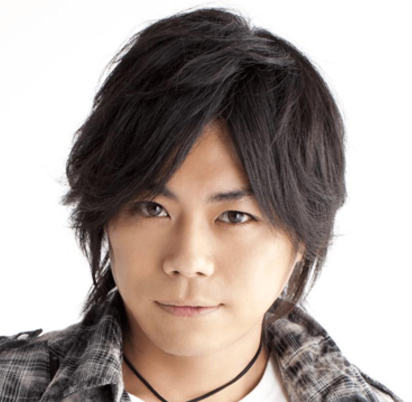 浪川大輔(日本一忙しい人気声優)がこっちを向いている写真画像