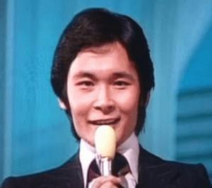 都倉俊一が平尾昌晃の後任で紅白の指揮者を担当-02