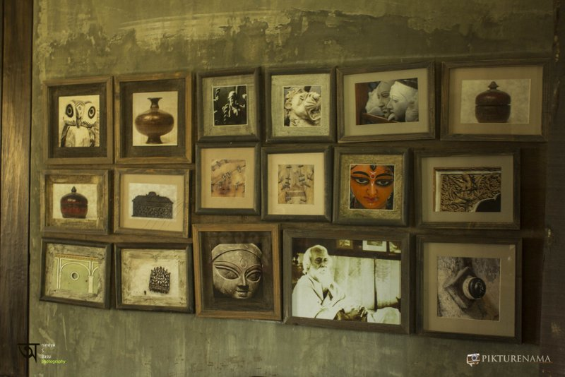 Bengali Restaurant Sonar Tori Kolkata at Ffort Raichak with pictures from Kolkata and west Bengal on the wall