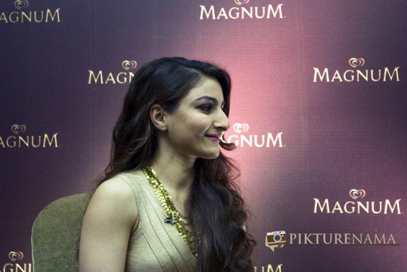 Magnum Ice Cream Launch at Kolkata Soha Ali Khan Pataudi