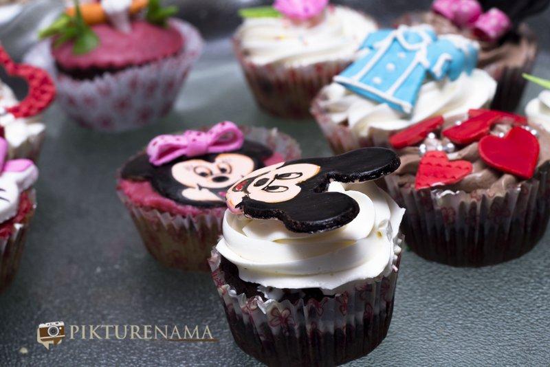 Cup_cakes_at_Creme caramel Kolkata reviewed by pikturenama