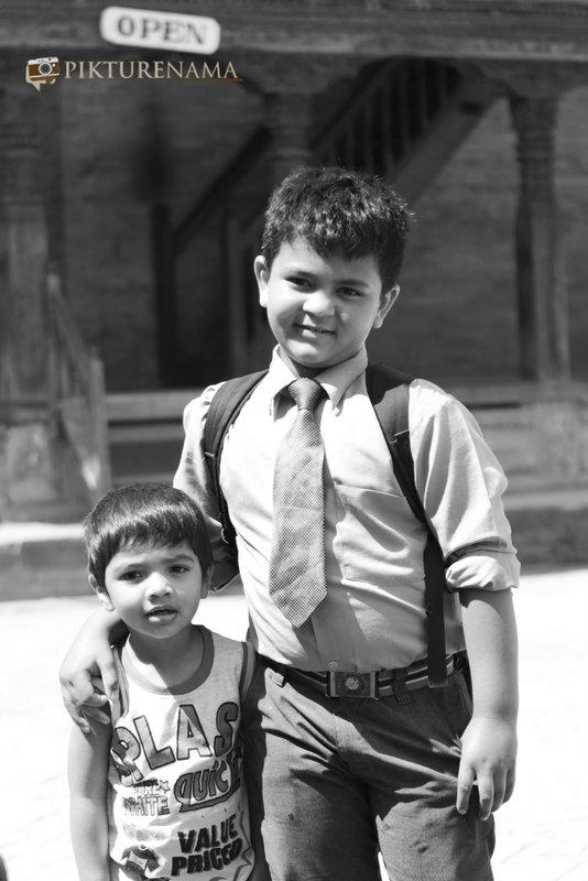 School_kid_at_Bhaktapur_Durbarsquare_Kathmandu_Nepal