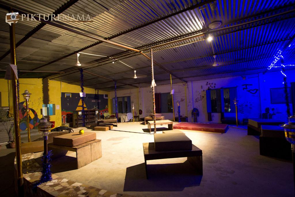 Varanasi Zostel by pikturenama the terrace hangout