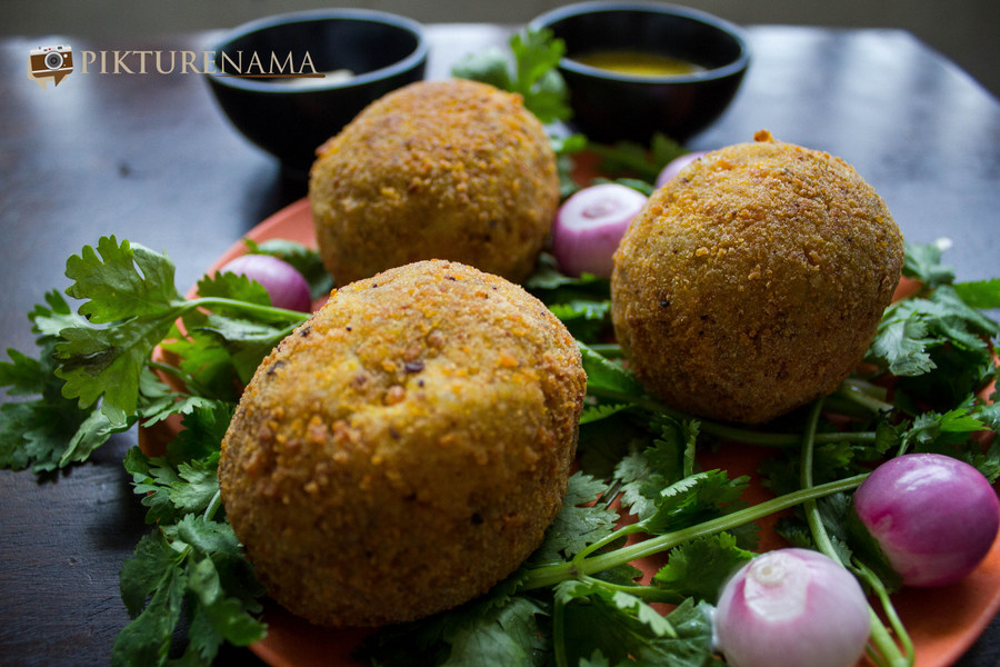 Dimer Devil or Scotch eggs Desi style by pikturenama