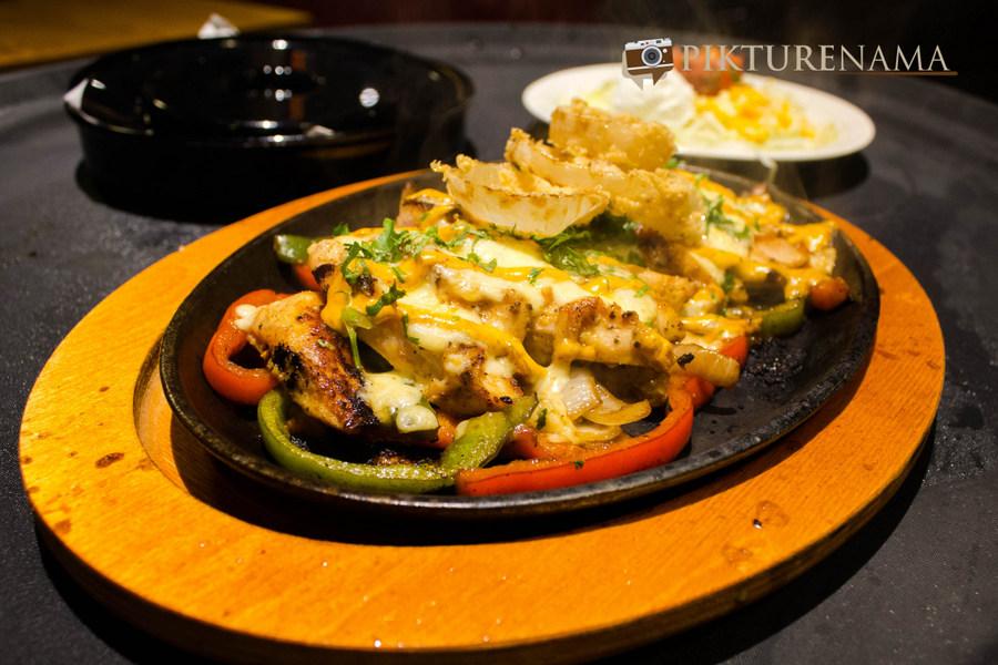 Smoky Chipotle Chicken Fajitas at Chili's South City Kolkata