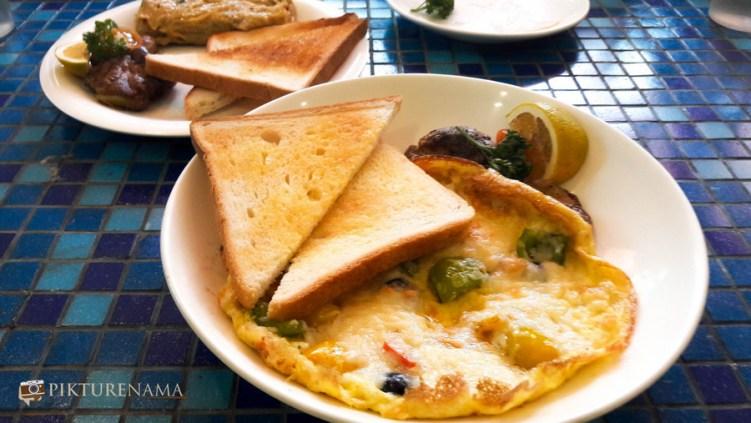 spanish omlette at German Bakery Pune