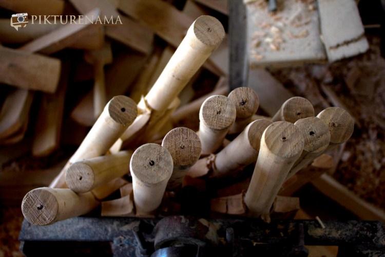 Handles of Kashmir willow bat
