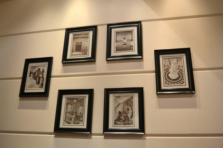 Bengali restaurants in Pune Oh calcutta walls
