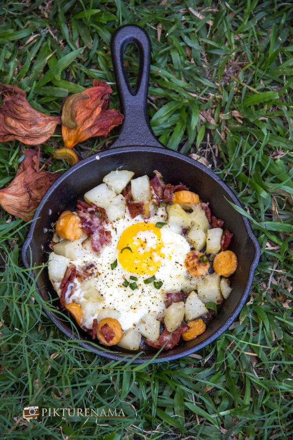 skillet baked eggs 7