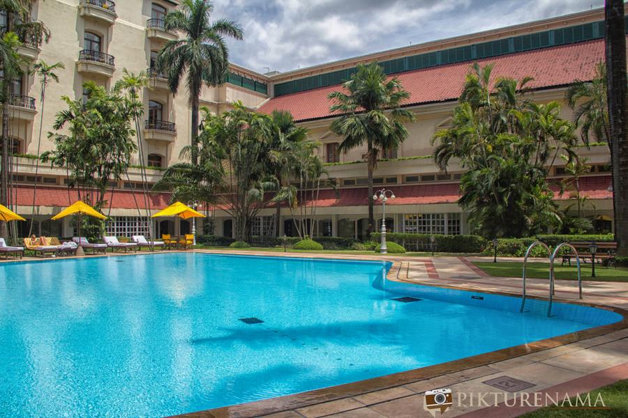 Oberoi Grand Kolkata swimming pool