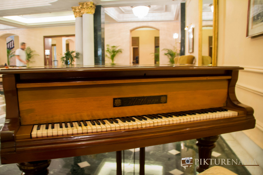 Oberoi Grand Kolkata piano