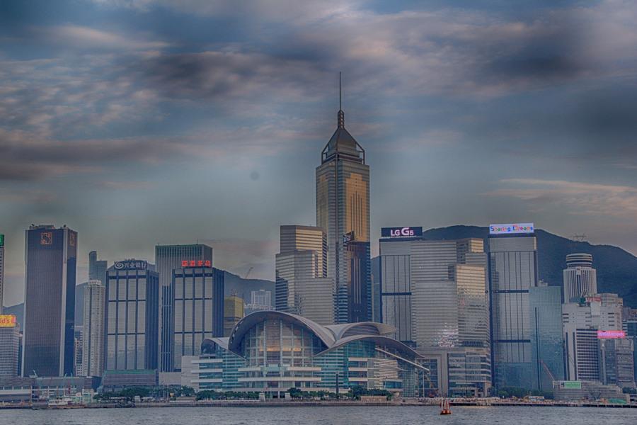 Sunset cruise Hong Kong 1
