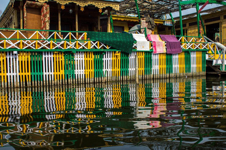 Kashmir Houseboat morning - 3