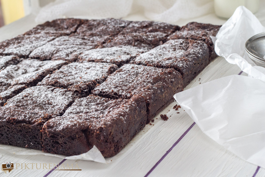 Everyday Brownies by Nigella Lawson | pikturenama 2
