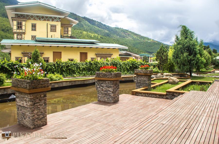 Taj Tashi Thimpu Bhutan view outside
