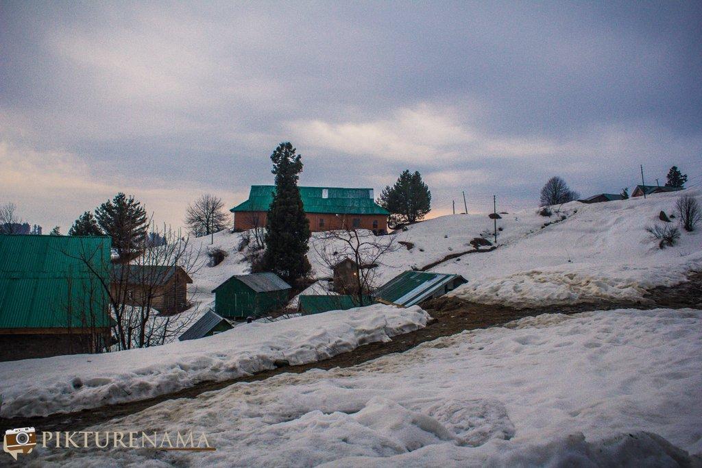 Nedous Hotel Gulmarg Kashmir evening 1