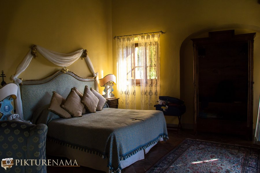 Il Falconaire Tuscany Italy the room