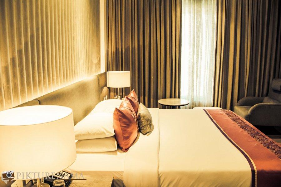 Vivanta Kolkata EM Bypass Premium Suite
