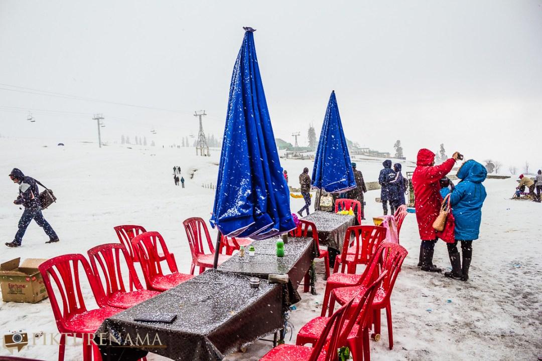 Gulmarg gondola ride snowstorm 2