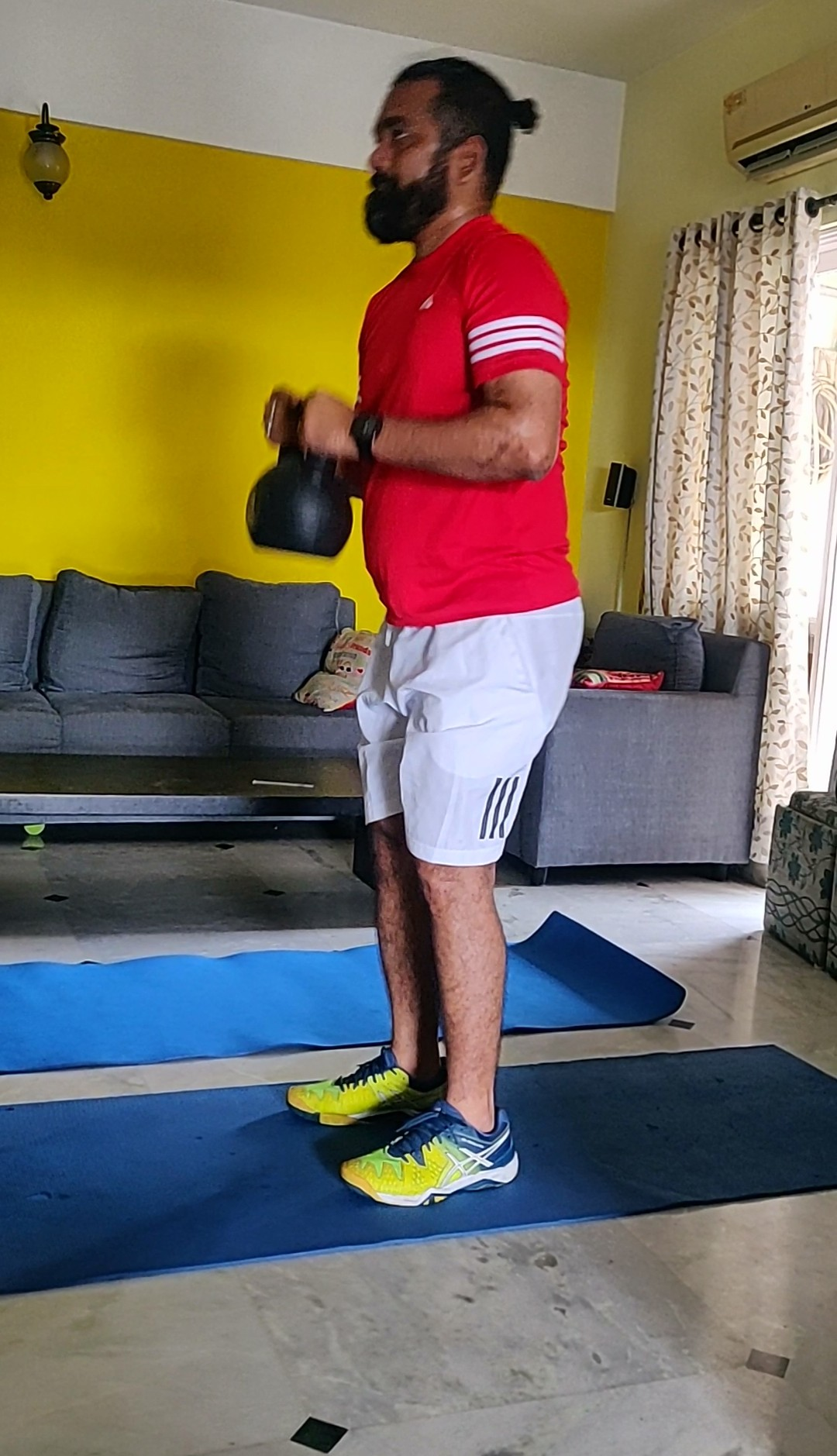 Muscle age test with kettlebell