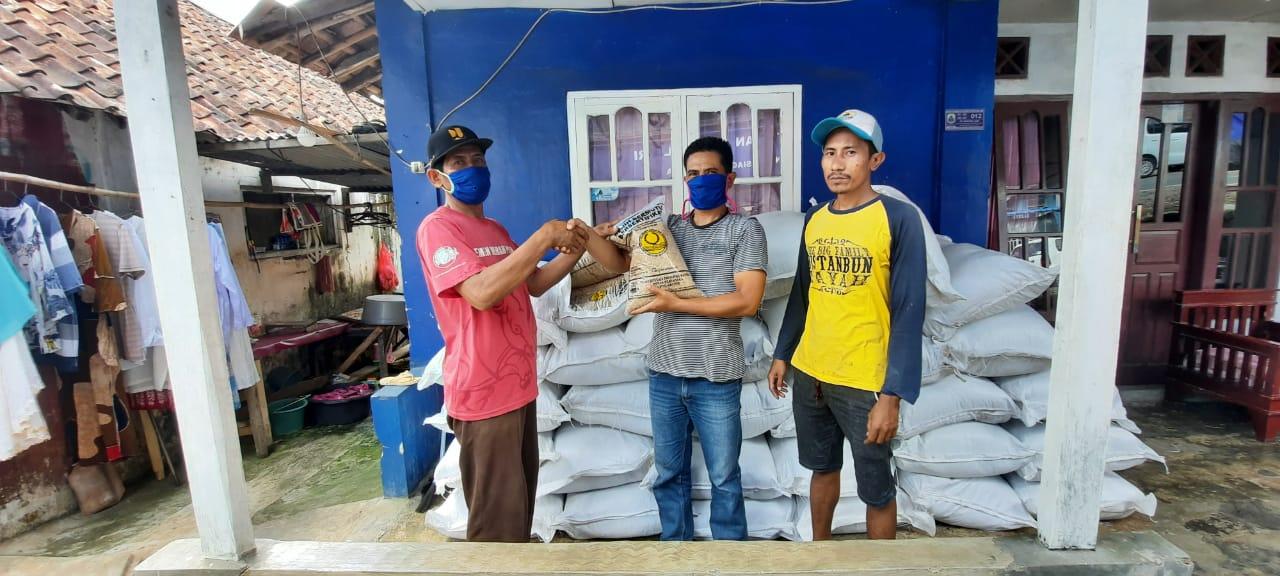 Pemprov Banten Bagikan Benih Padi Gratis ke Petani di Bayah Timur