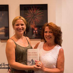 Con Nuria y su premiada foto