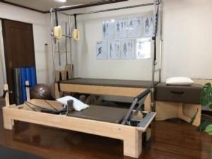 Pilates Machine Trapeze Reformer Photo ピラティス マシン トラピーズ リフォーマー 写真