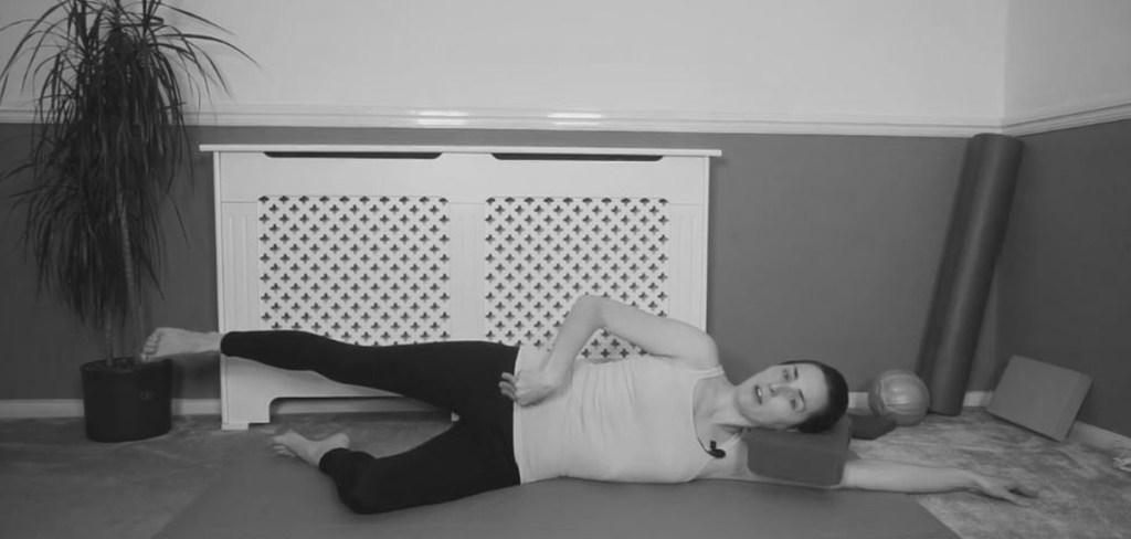 Pilates-exercise-the side kick