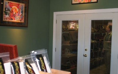 Havana Cigars Outside Humidor Closet