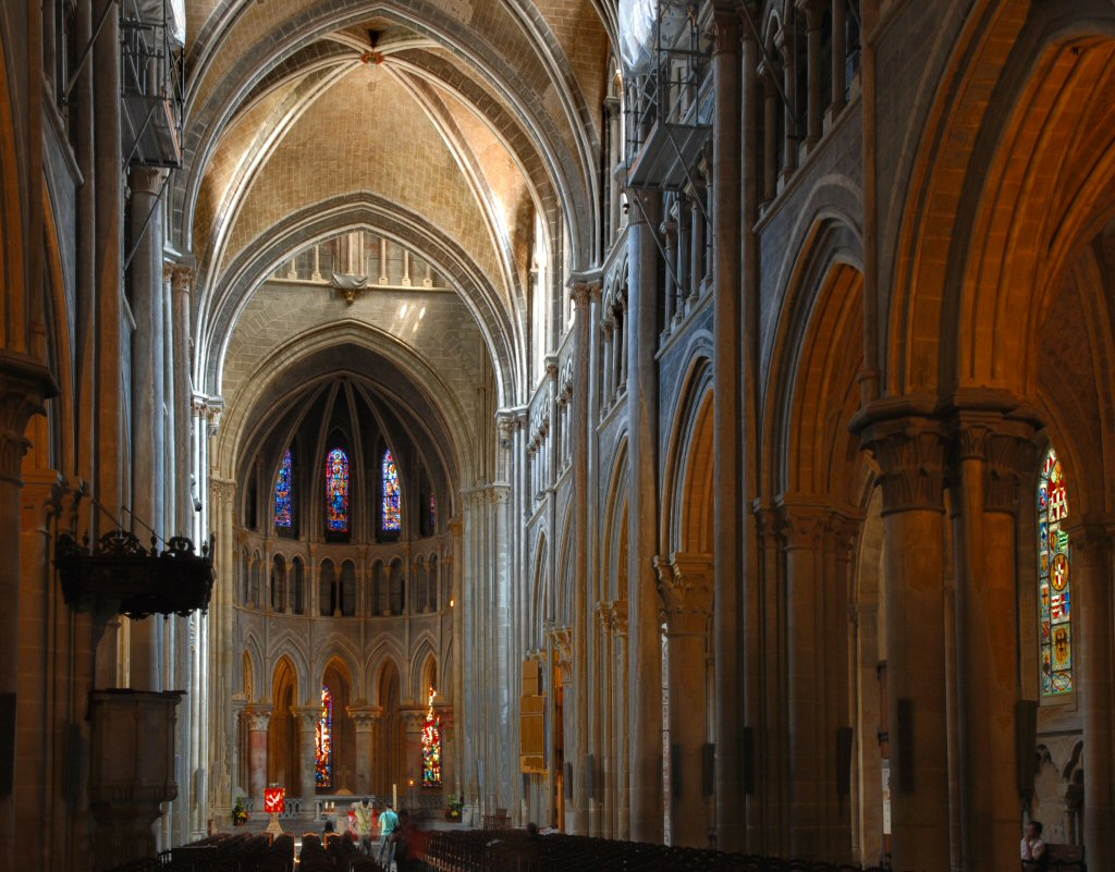 Lausanne Cathedral nave
