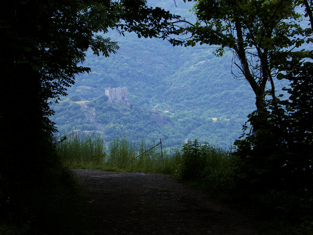 On the pathway after leaving Chattilon, looking out towards Ussel castle