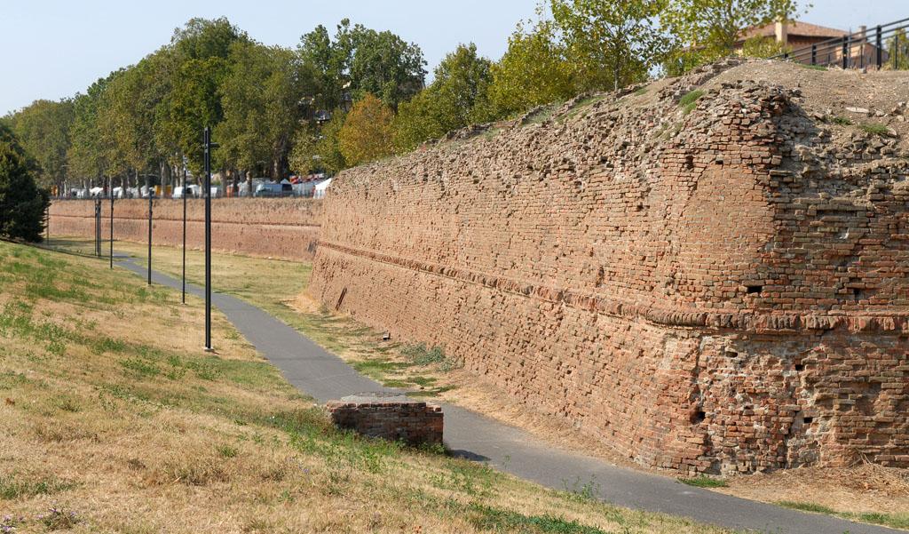 Piacenza City Wall