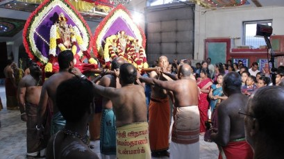 Aaraam Thiruvilaa (Iravu) - Mahotsavam 2014 (64)