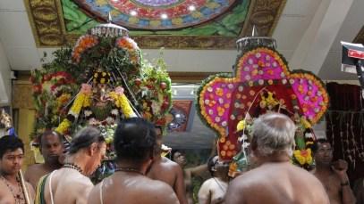 Ainthaam Thiruvilaa (Iravu) - Mahotsavam 2014 (23)