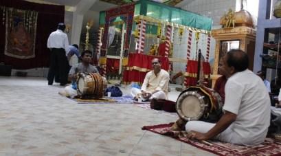 Irandaam Thiruvilaa (Iravu) - Mahotsavam 2014 (4)