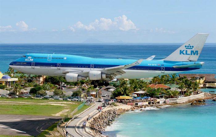 Боинг-747-400-744
