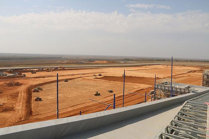 Отделочные работы на местности, подготовка к строительству автостоянки