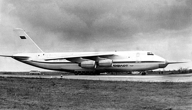Ан-124 фото 1982