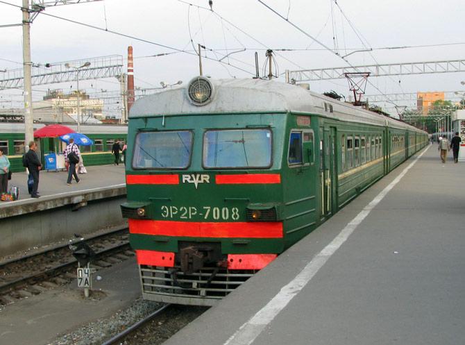 Электропоезд с Павелецкого вокзала