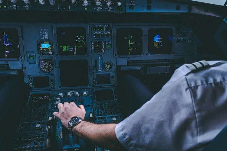"""""""I Have Control!"""" The Pilot Flying (PF) Explained!"""
