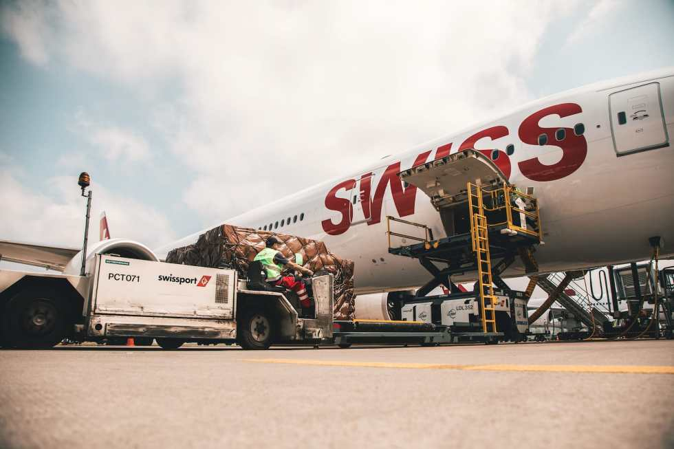 SWISS FOUR ZERO HEAVY - From Zurich to Los Angeles on the