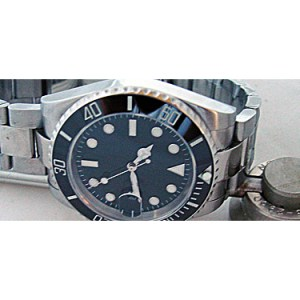 Custom Divers Watch 40mm Sub Model w/ Cermaic Bezel - Sapphire Crystal with Cyclops lens