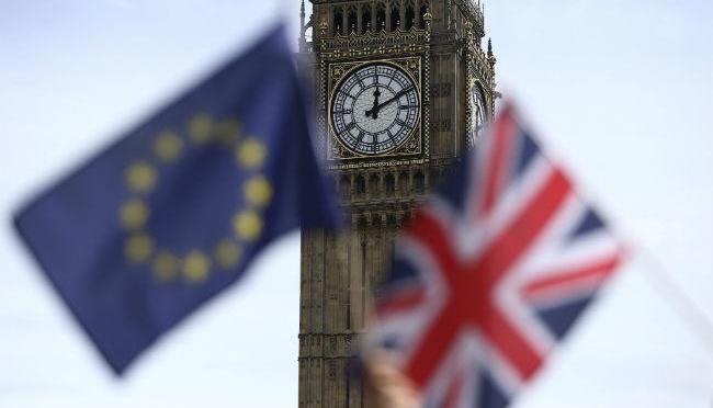 Parlamento de Reino Unido votó contra Boris Johnson y está a un paso de bloquear un Brexit sin acuerdo