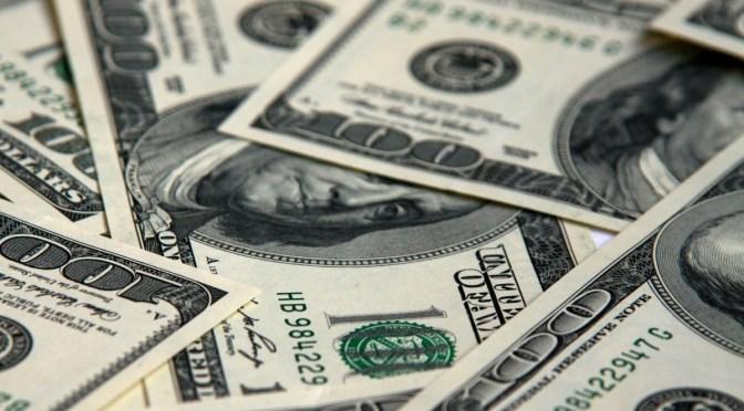 Dólar a la baja, cierra hasta en 19.43 pesos a la venta en bancos