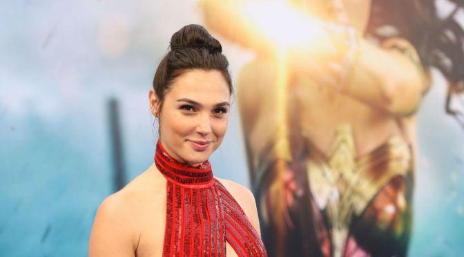 Gal Gadot brilla en el tráiler de «Wonder Woman 1984»