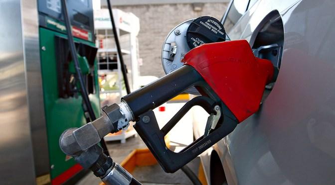 Recaudación del IEPS gasolinero perfila un mayor incremento en 2020