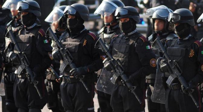 Jefes militares dicen que aplastaron sublevación en Venezuela